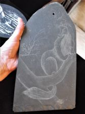 "COLLECTABLE HAND ETCHED GWYNEDD WELSH SLATE ART 11"" HIGH UNUSUAL TREE ANIMAL"